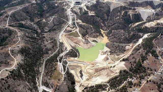 Mina en guatemala vista desde las alturas