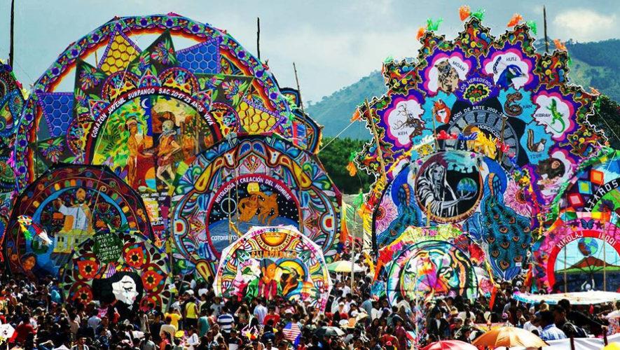 Primer-Festival-de-Barriletes-Gigantes-en-el-Lago-de-Atitlan-885x500